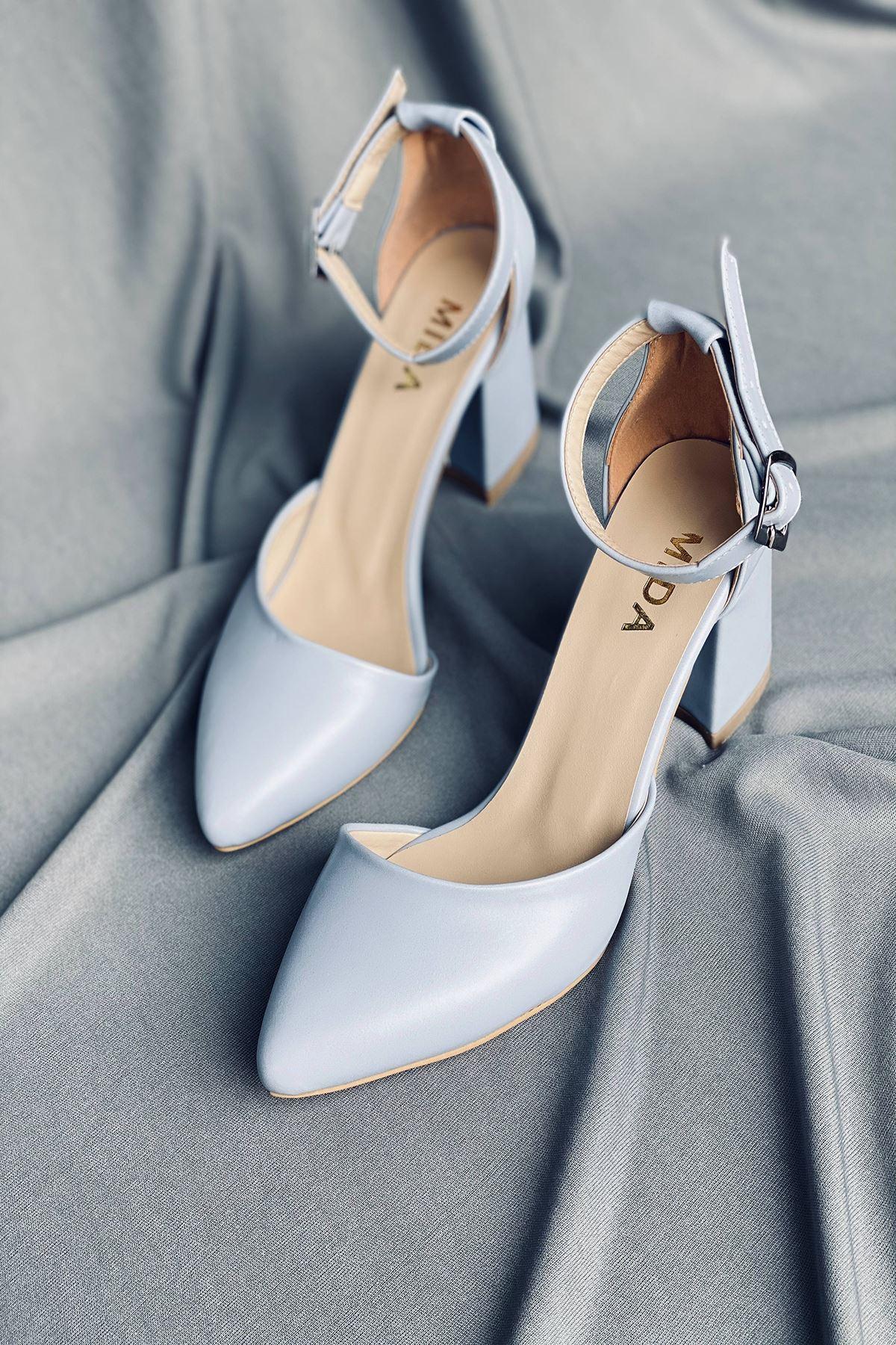 Y102 Bebe Mavi  Cilt Topuklu Ayakkabı