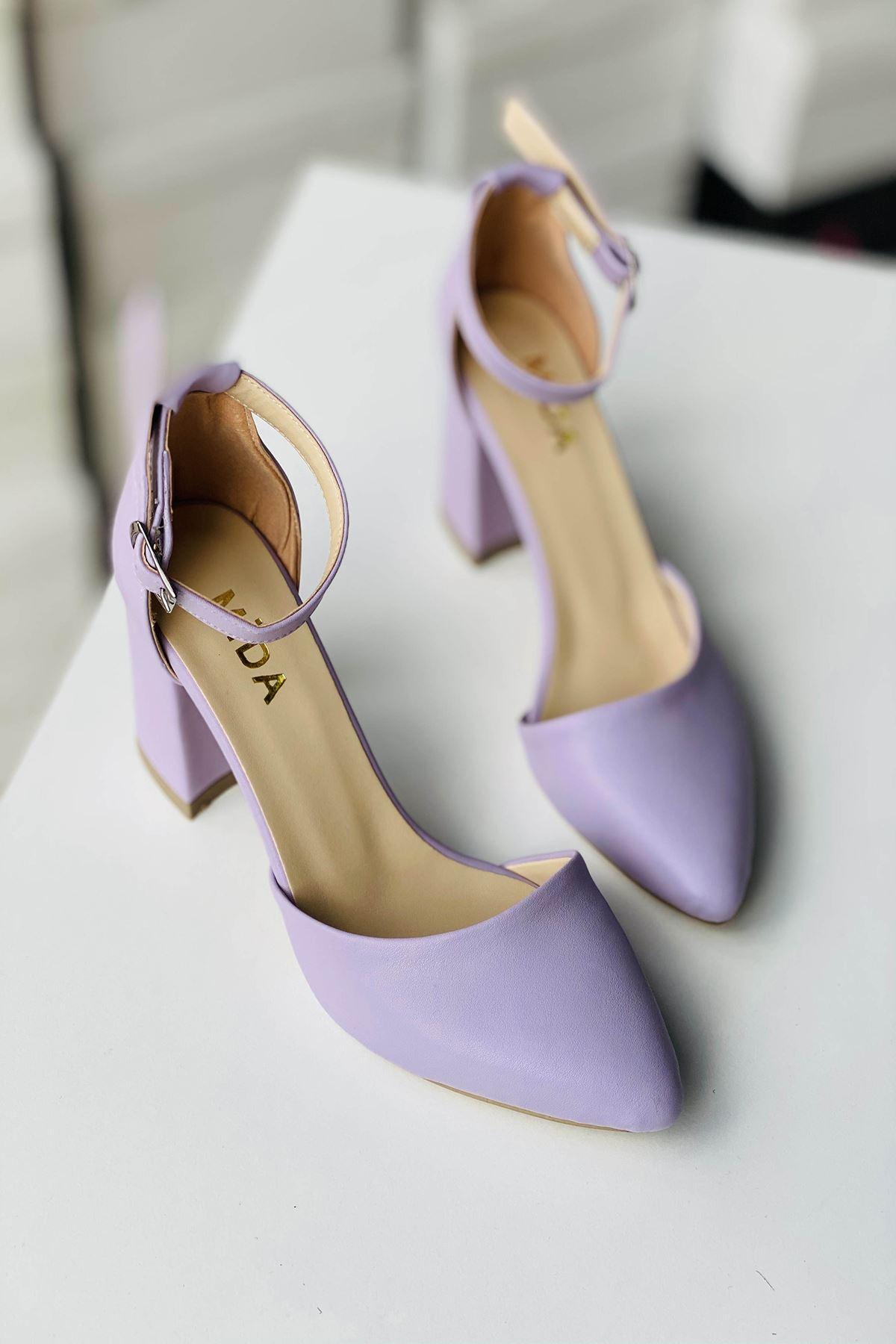 Y102 Lila Deri Topuklu Ayakkabı