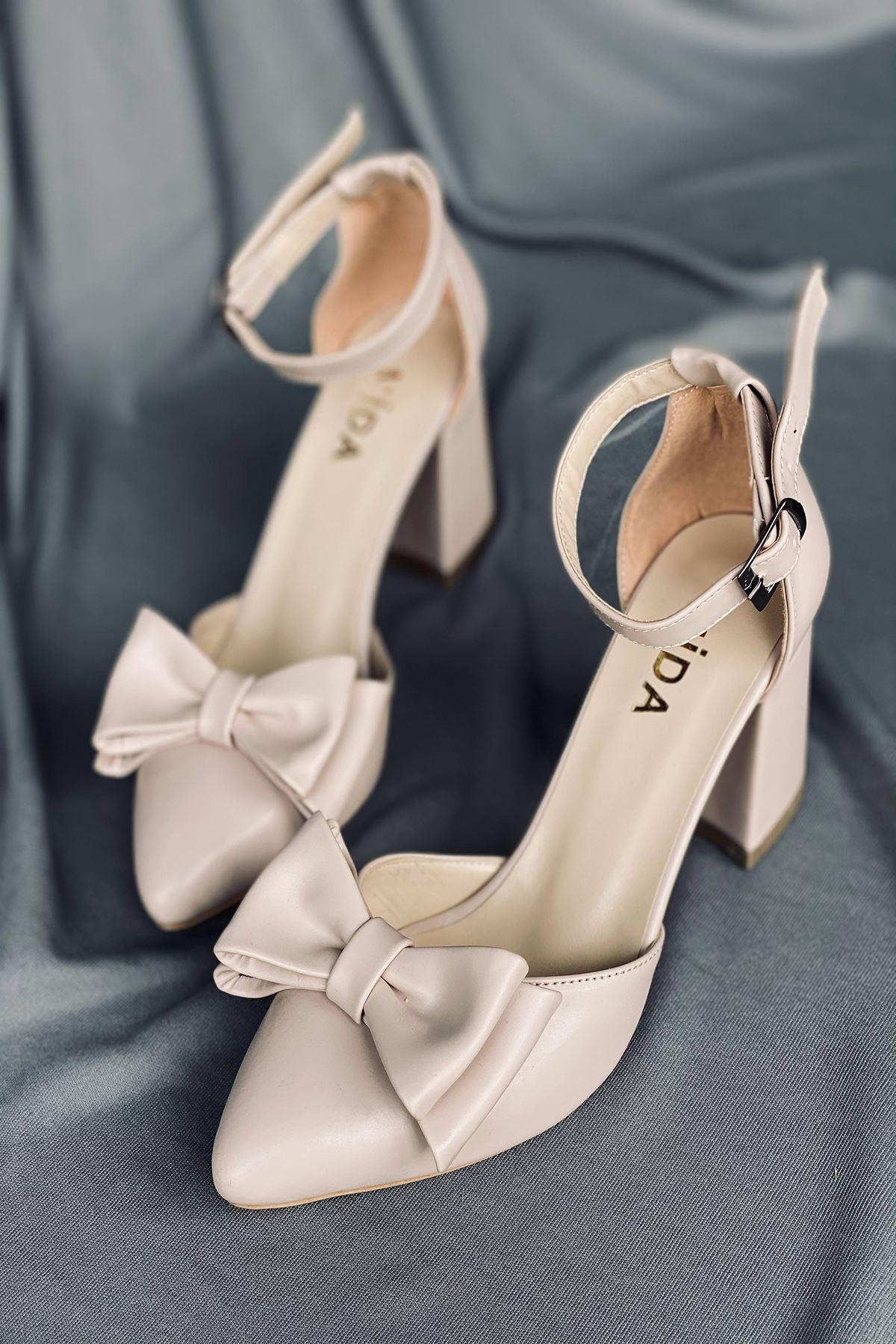 Y107 Ten Deri Topuklu Ayakkabı