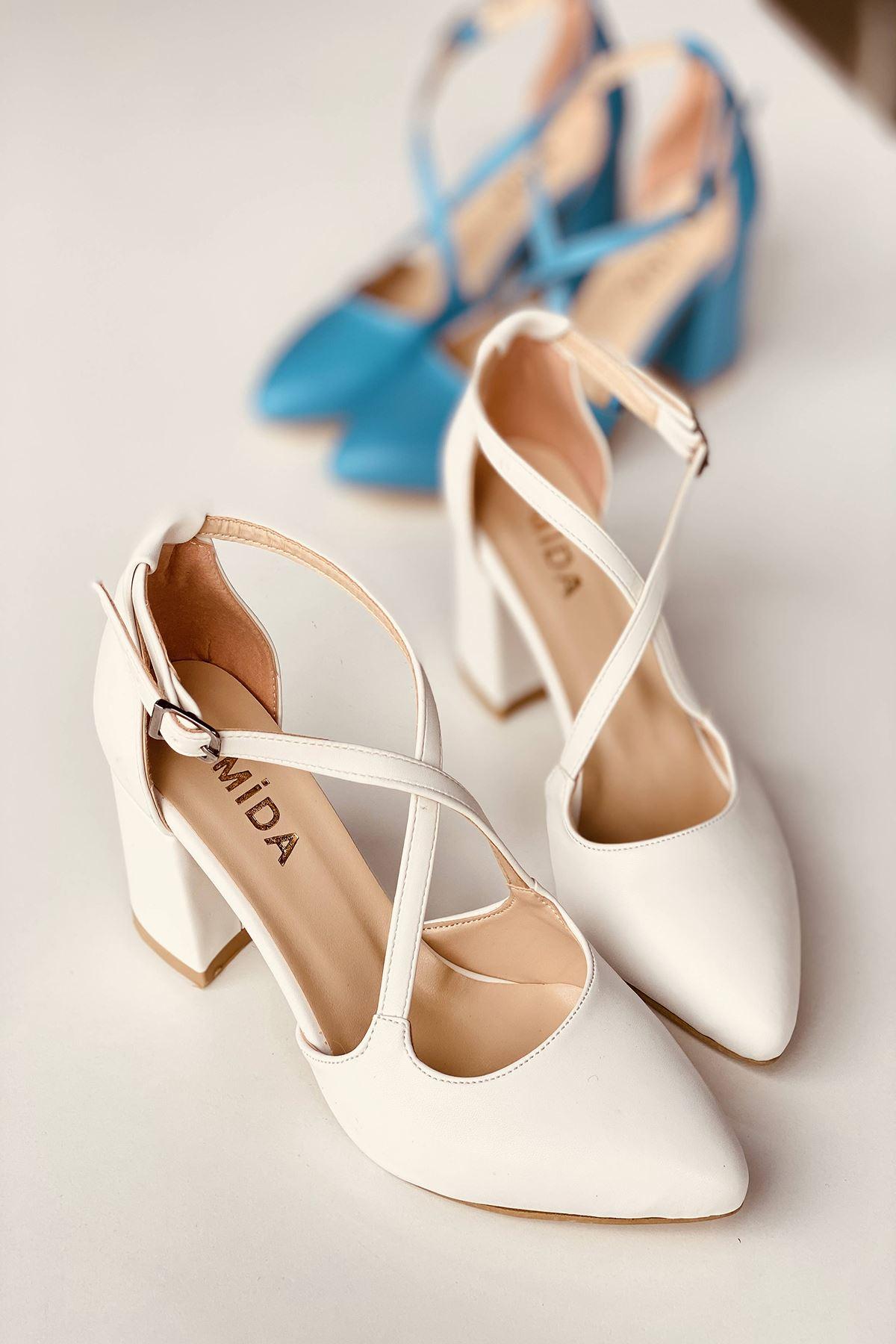 Y113 Beyaz Deri Topuklu Ayakkabı