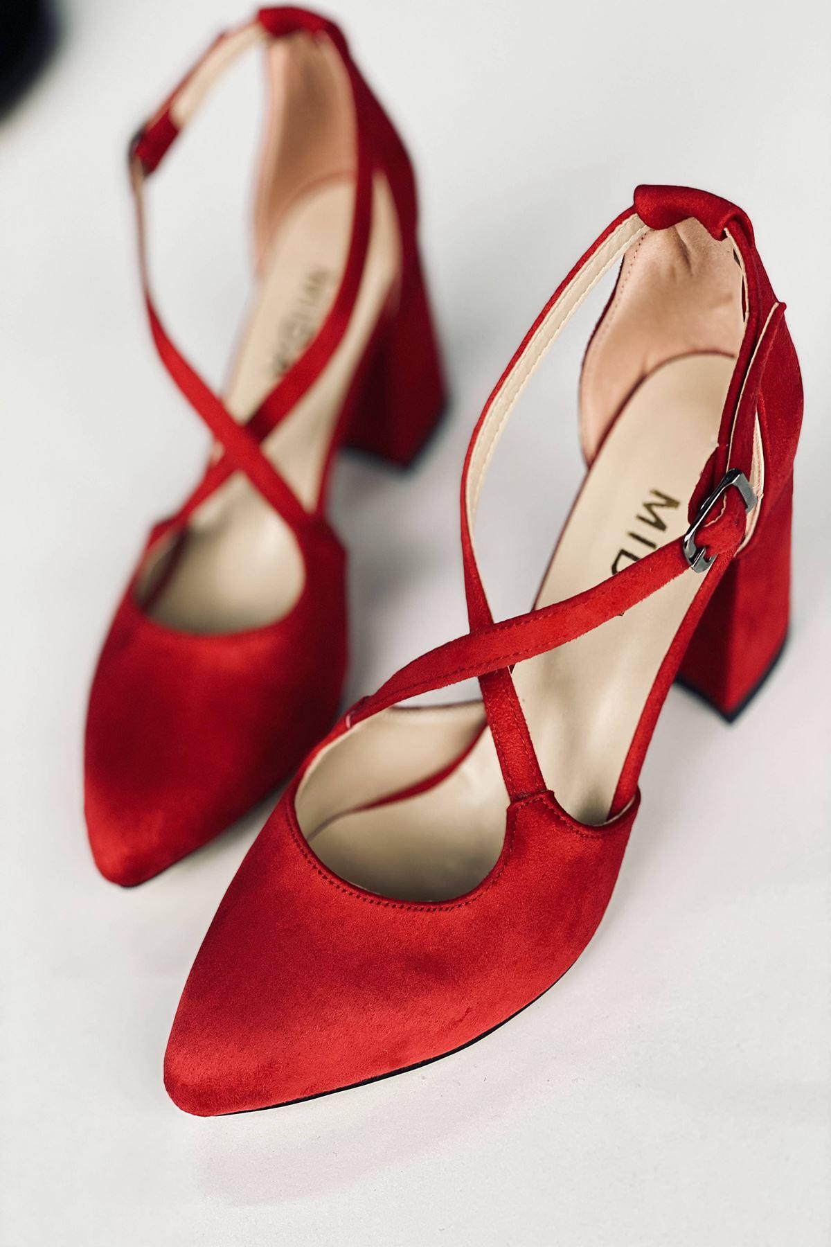 Y113 Kırmızı Süet Topuklu Ayakkabı