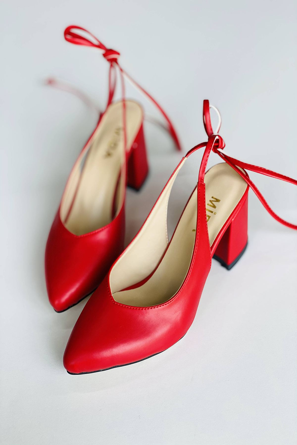 Y114 Kırmızı Cilt Topuklu Ayakkabı