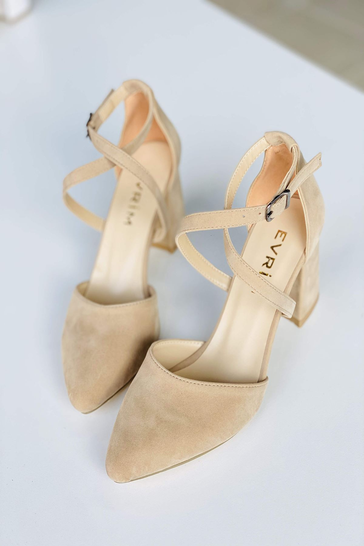 Y115 Ten Süet Topuklu Ayakkabı