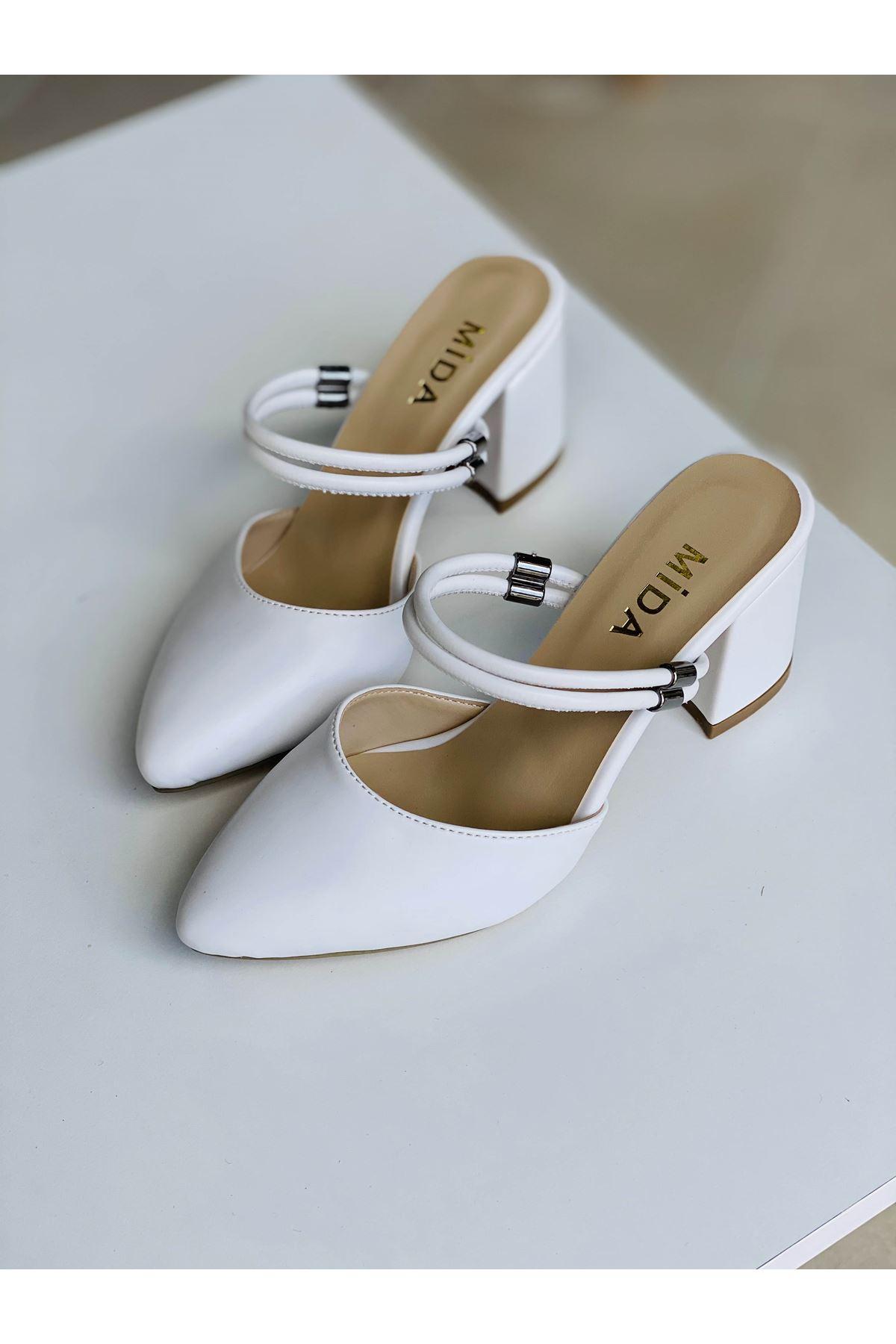 Y119 Beyaz Deri Topuklu Ayakkabı
