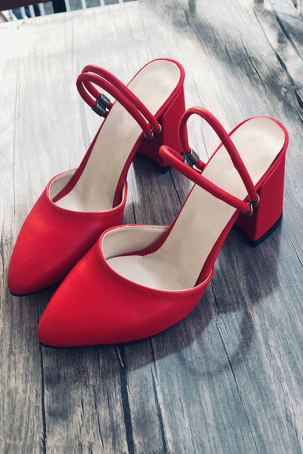 Y119 Kırmızı Süet Topuklu Ayakkabı