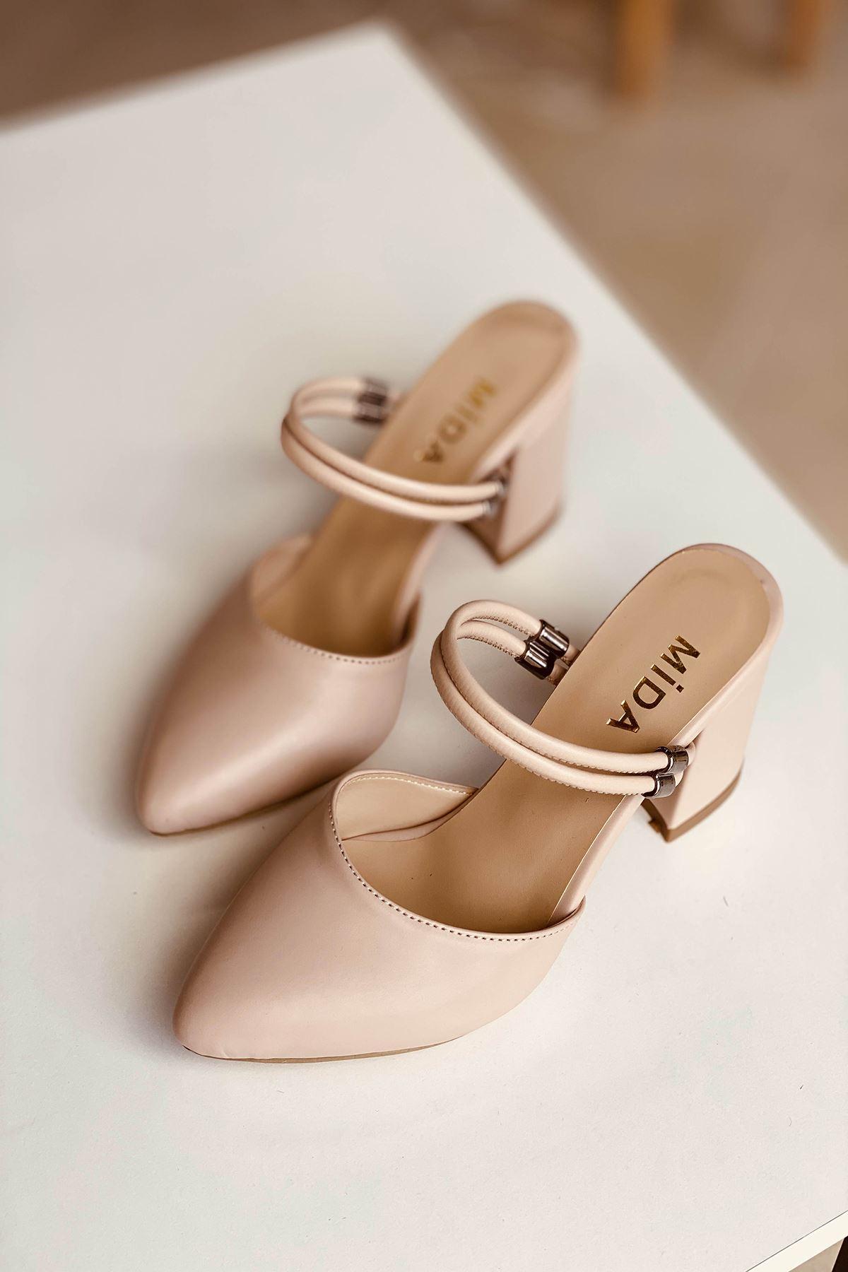 Y119 Ten Deri Topuklu Ayakkabı