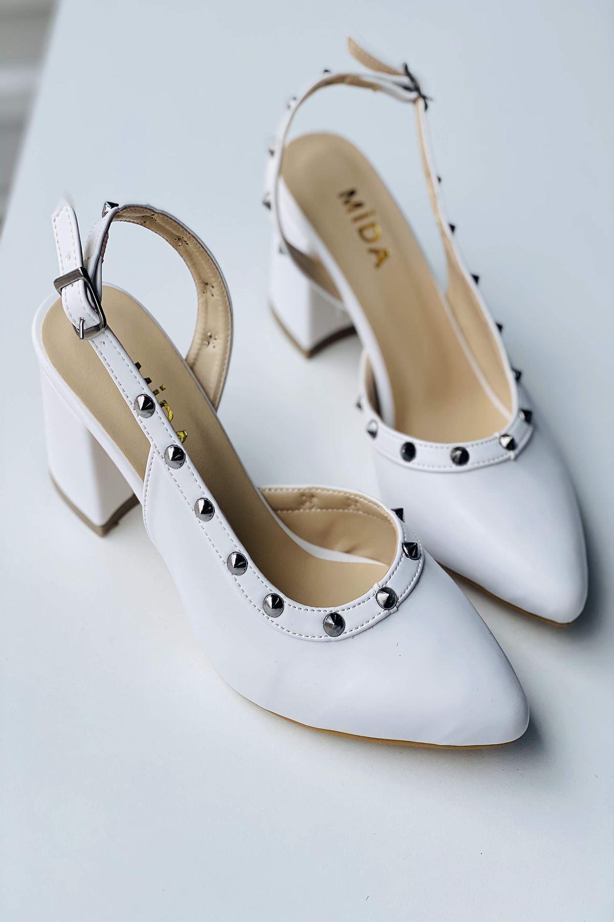 Y124 Beyaz Deri Topuklu Ayakkabı