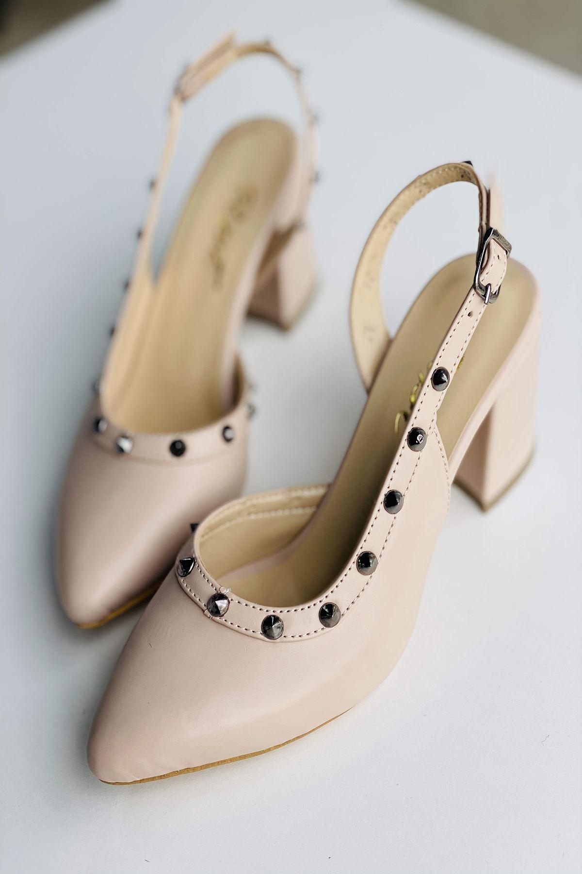 Y124 Ten Deri Topuklu Ayakkabı