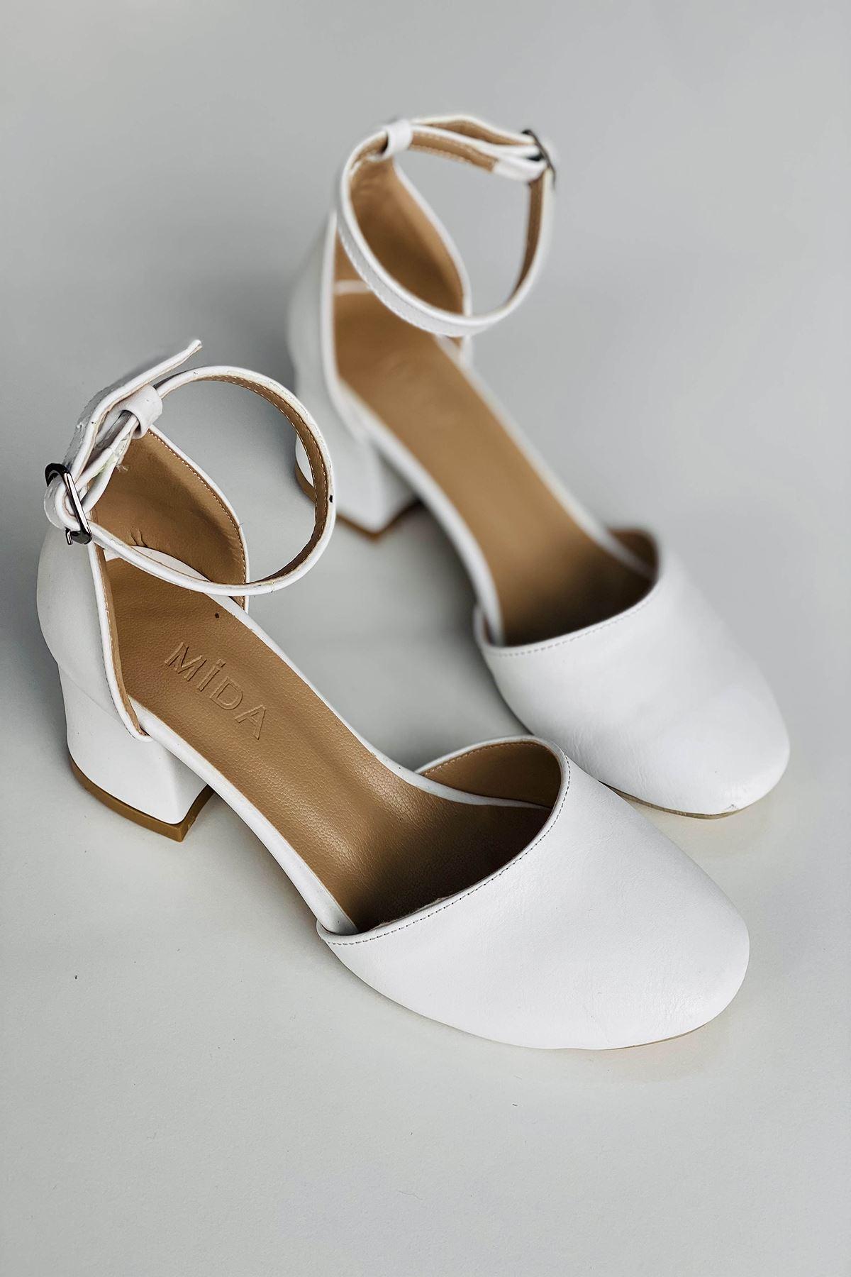 Y202 Beyaz Deri Topuklu Ayakkabı