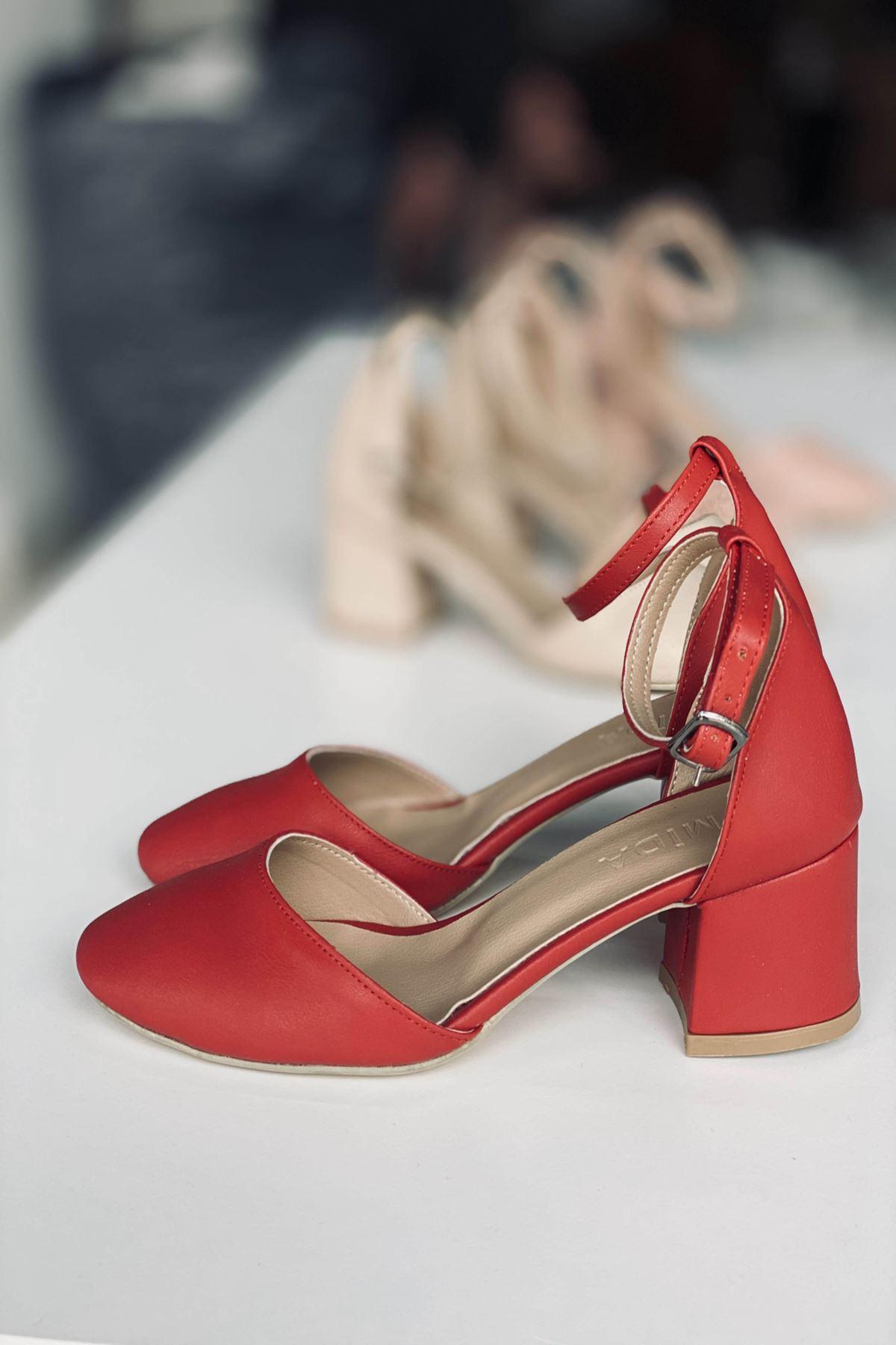 Y202 Kırmızı Deri Topuklu Ayakkabı