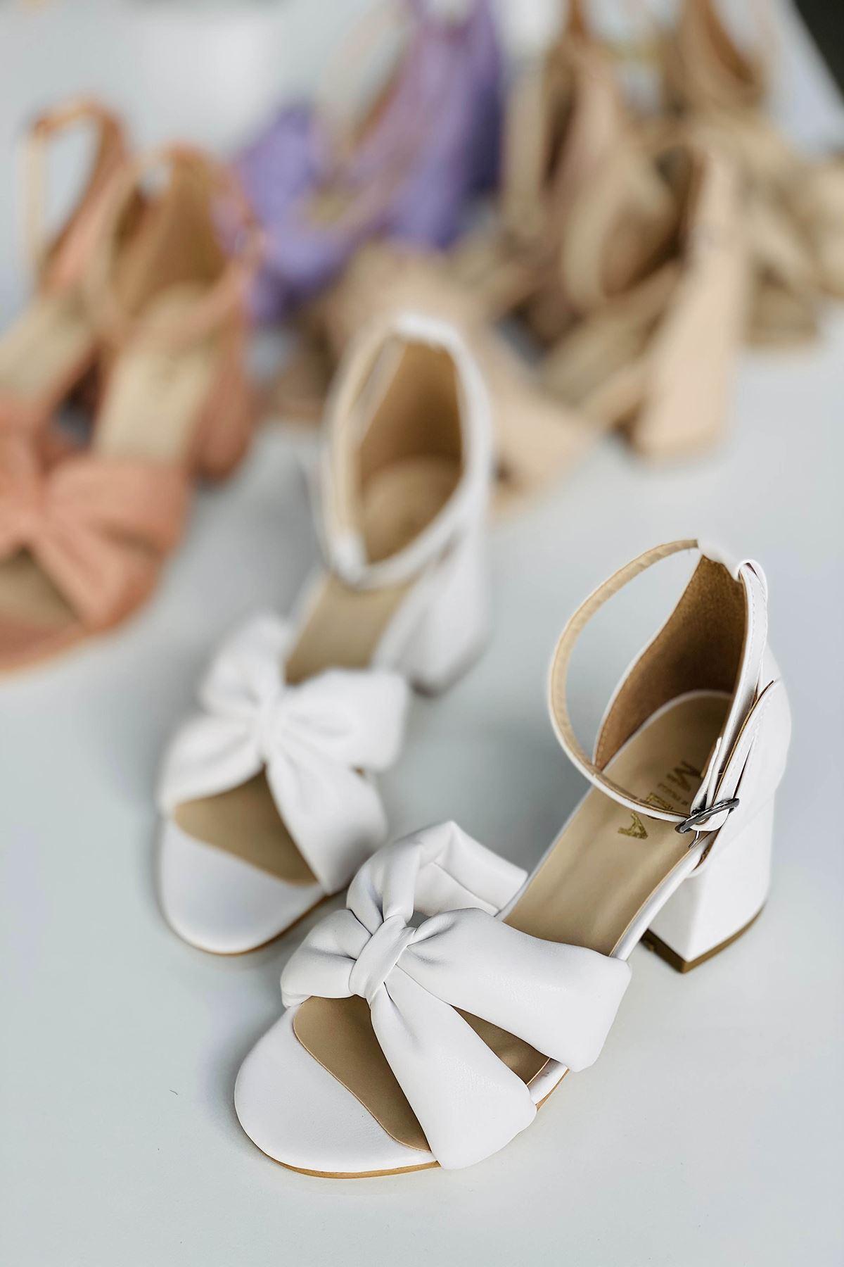 Y554 Beyaz Deri Topuklu Ayakkabı
