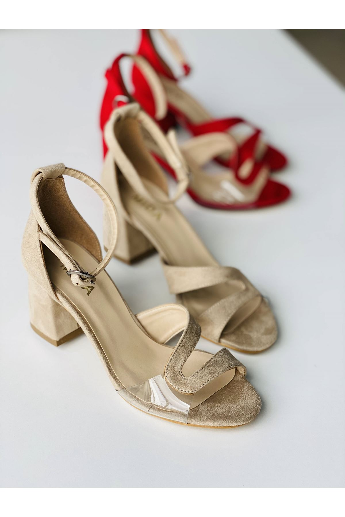 Y610 Ten Suet Topuklu Ayakkabı