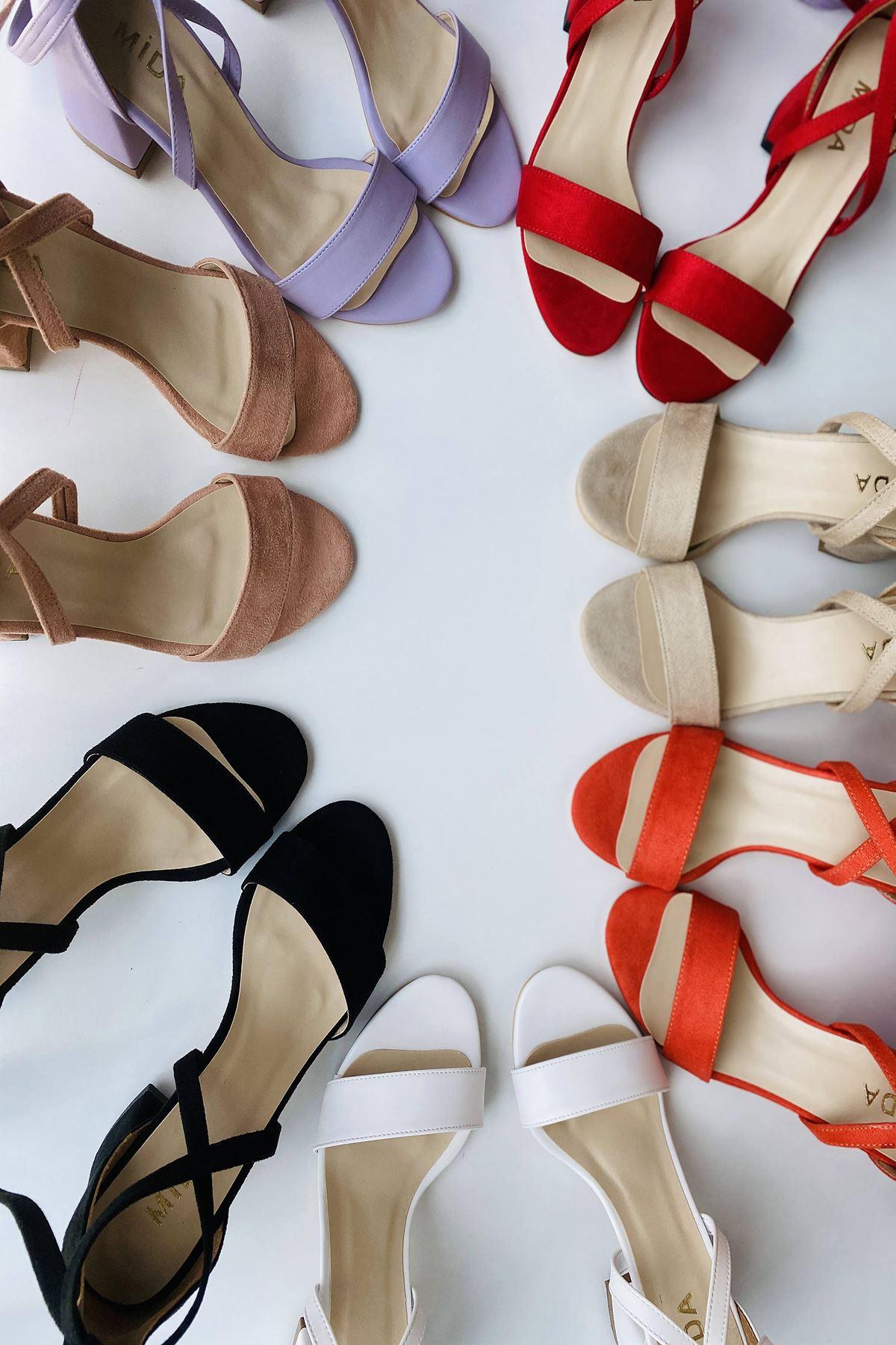 Y615 Beyaz Deri Topuklu Ayakkabı