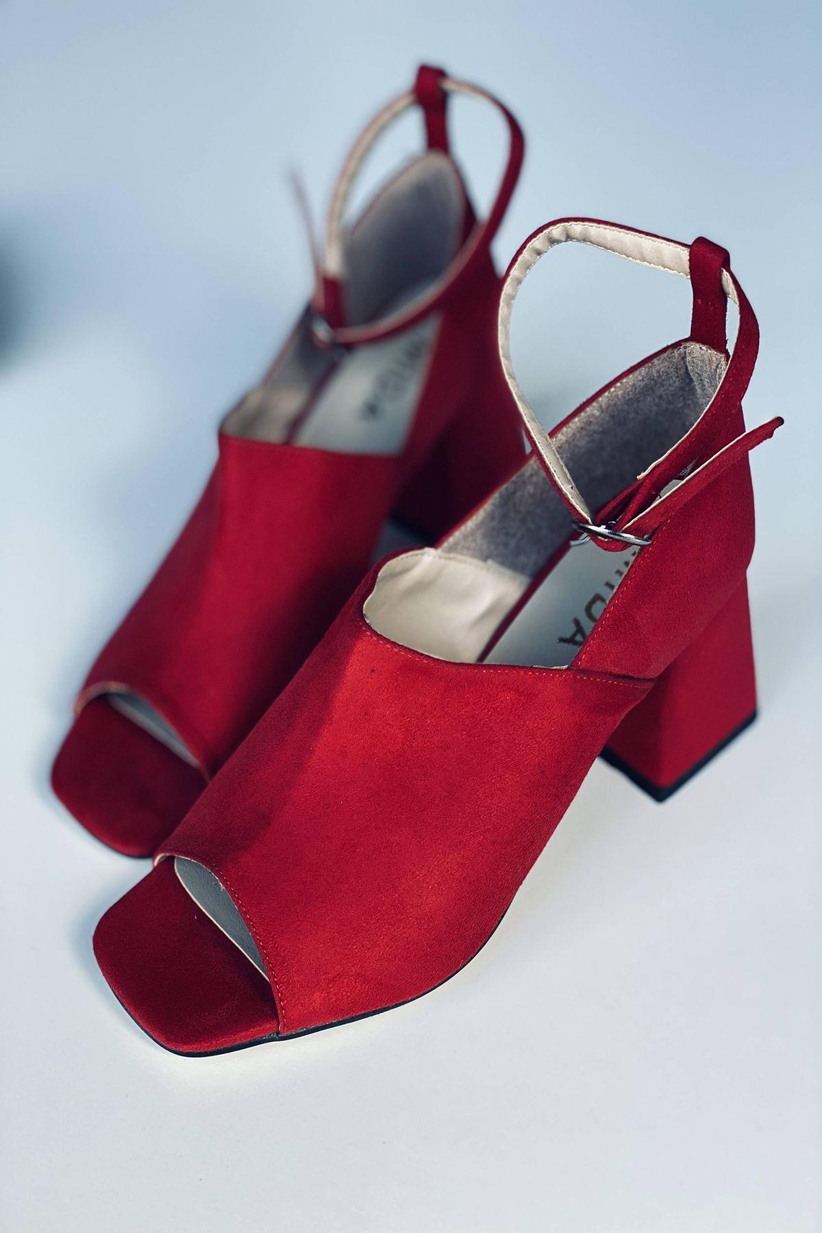 Y706 Kırmızı Süet Topuklu Ayakkabı