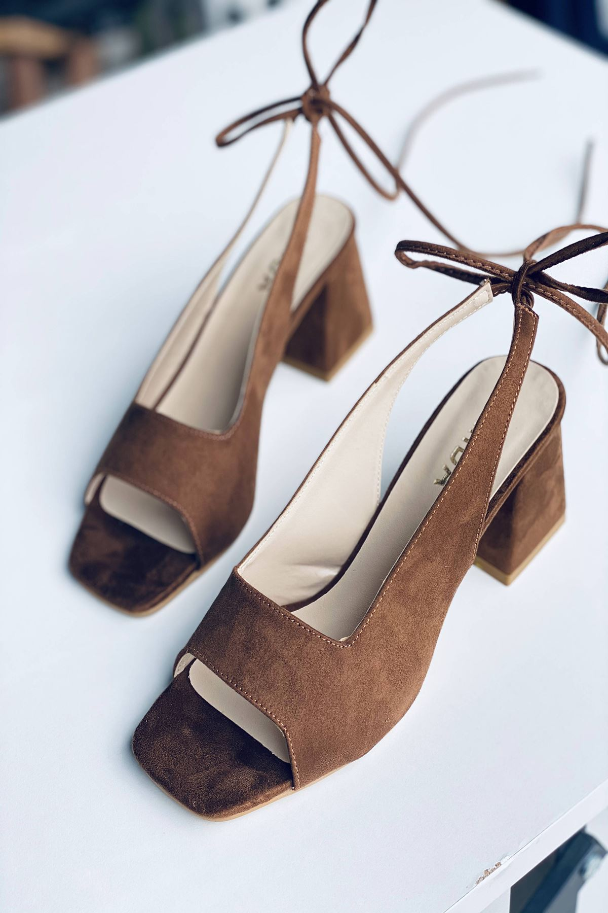 Y710 Taba Süet Topuklu Ayakkabı
