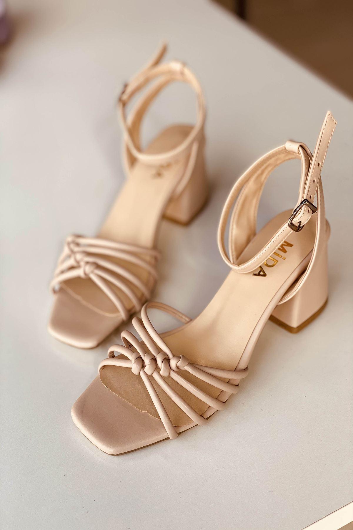 Y802 Ten Deri Topuklu Ayakkabı