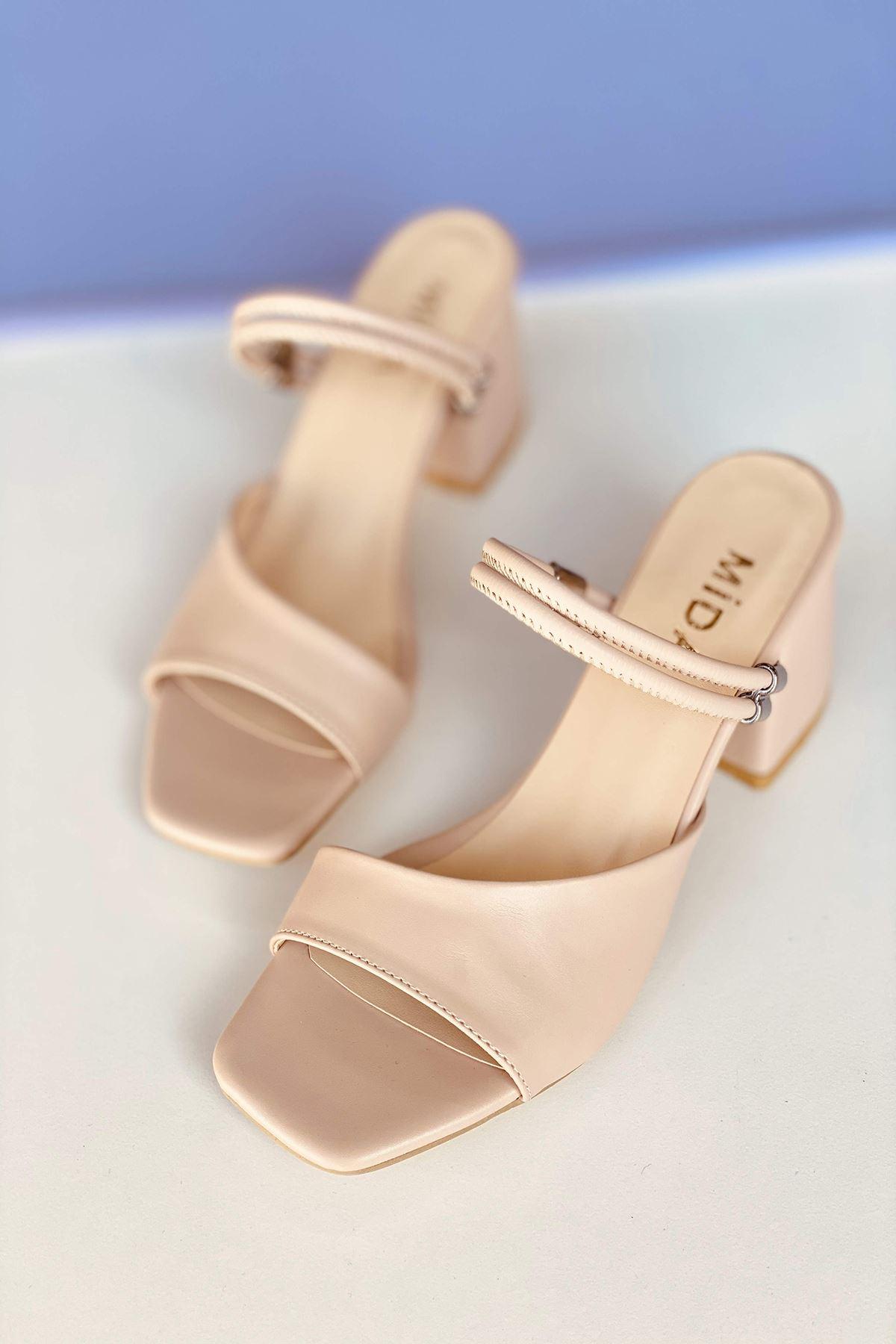 Y911 Ten Deri Topuklu Ayakkabı