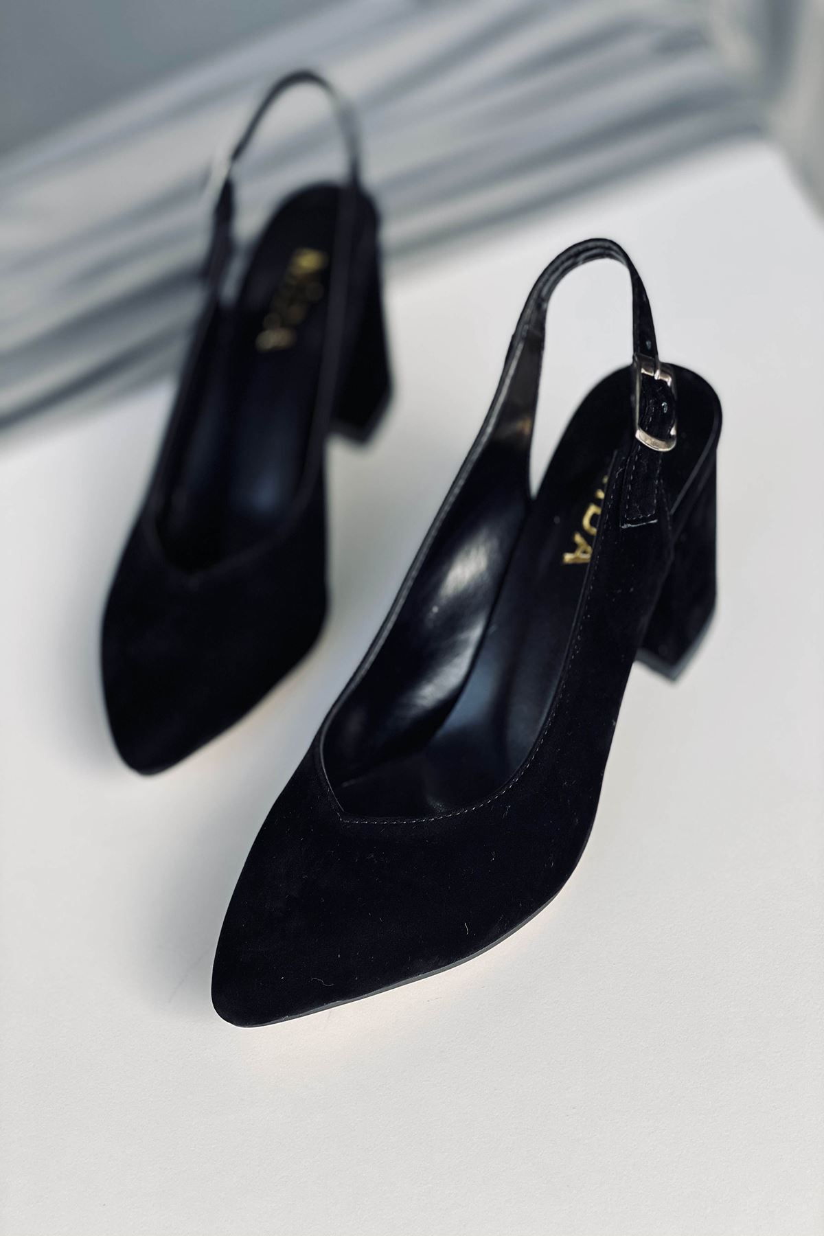 Y101 Siyah Süet Topuklu Ayakkabı