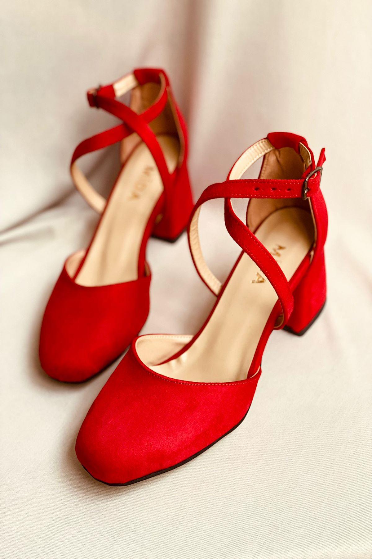 Y191 Kırmızı Süet Topuklu Ayakkabı