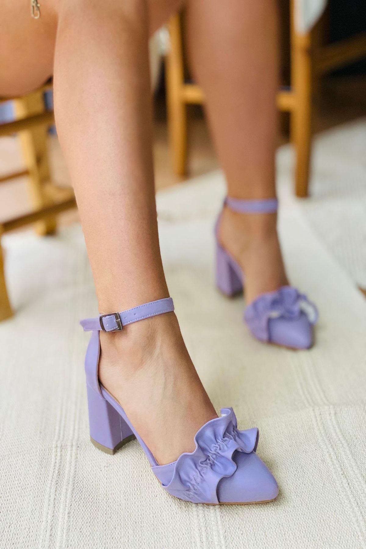 Y126 Lila Deri Topuklu Ayakkabı