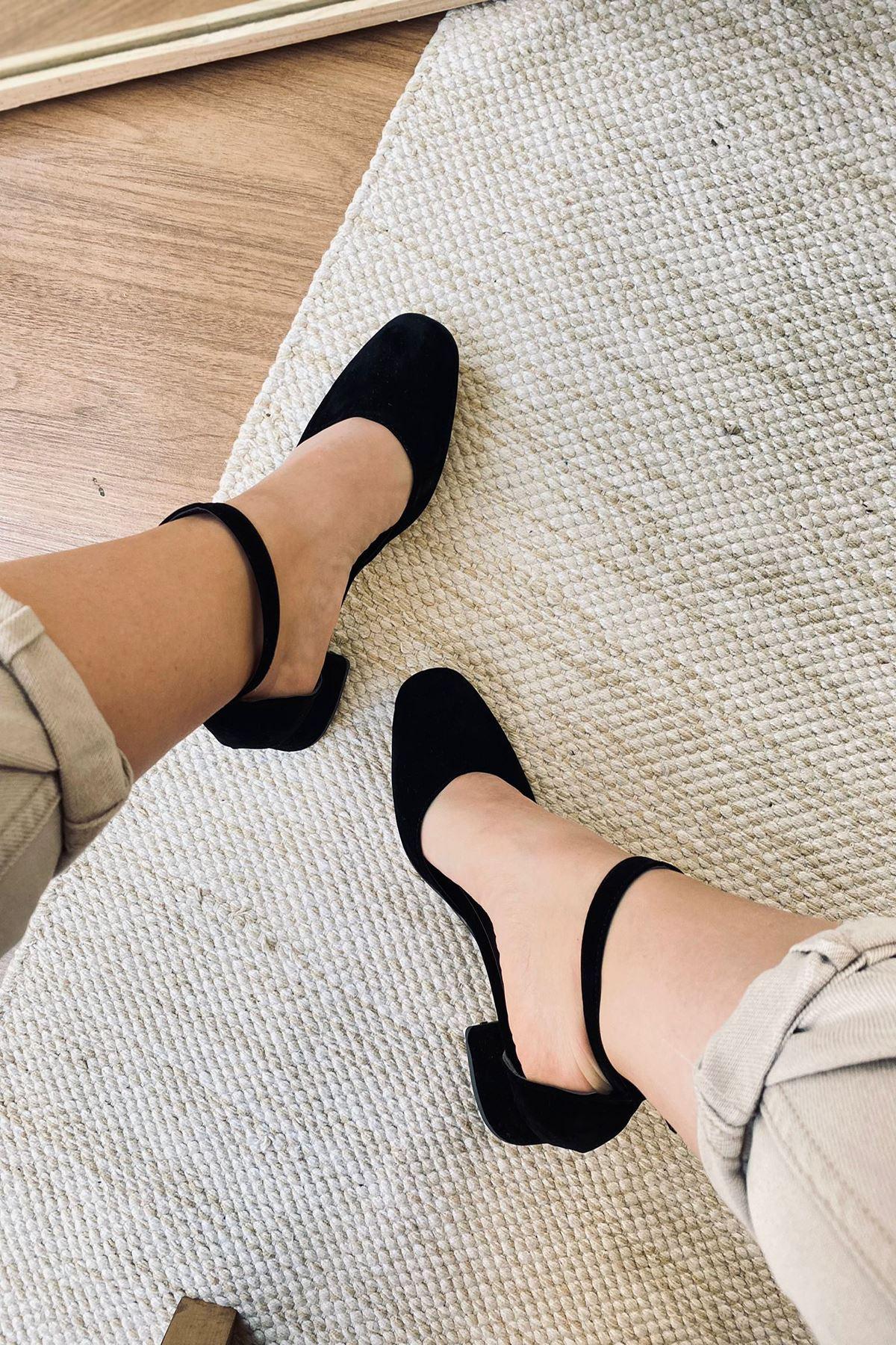 Y192 Siyah Süet Topuklu Ayakkabı