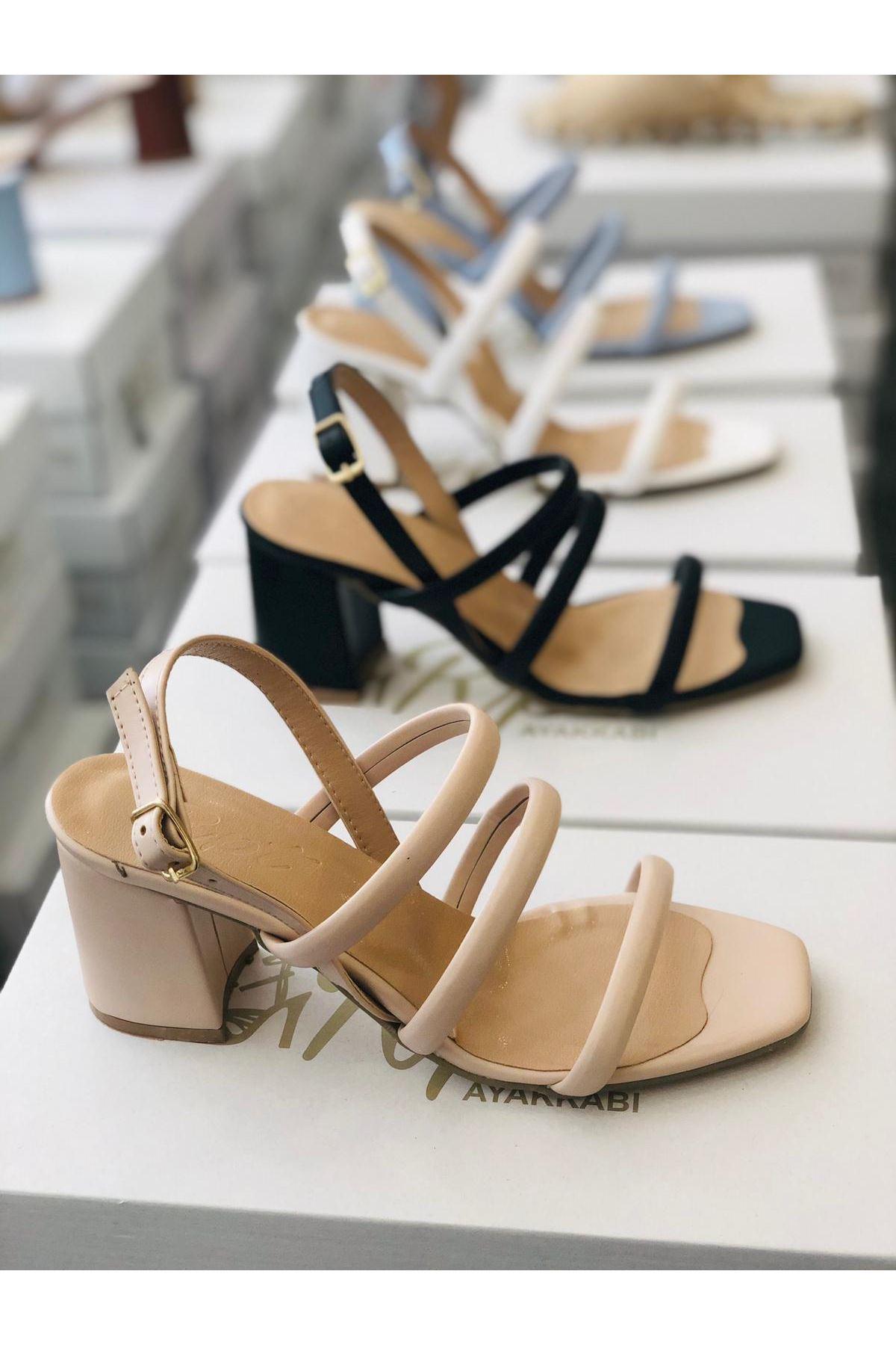 Y3011 Ten Deri Topuklu Ayakkabı