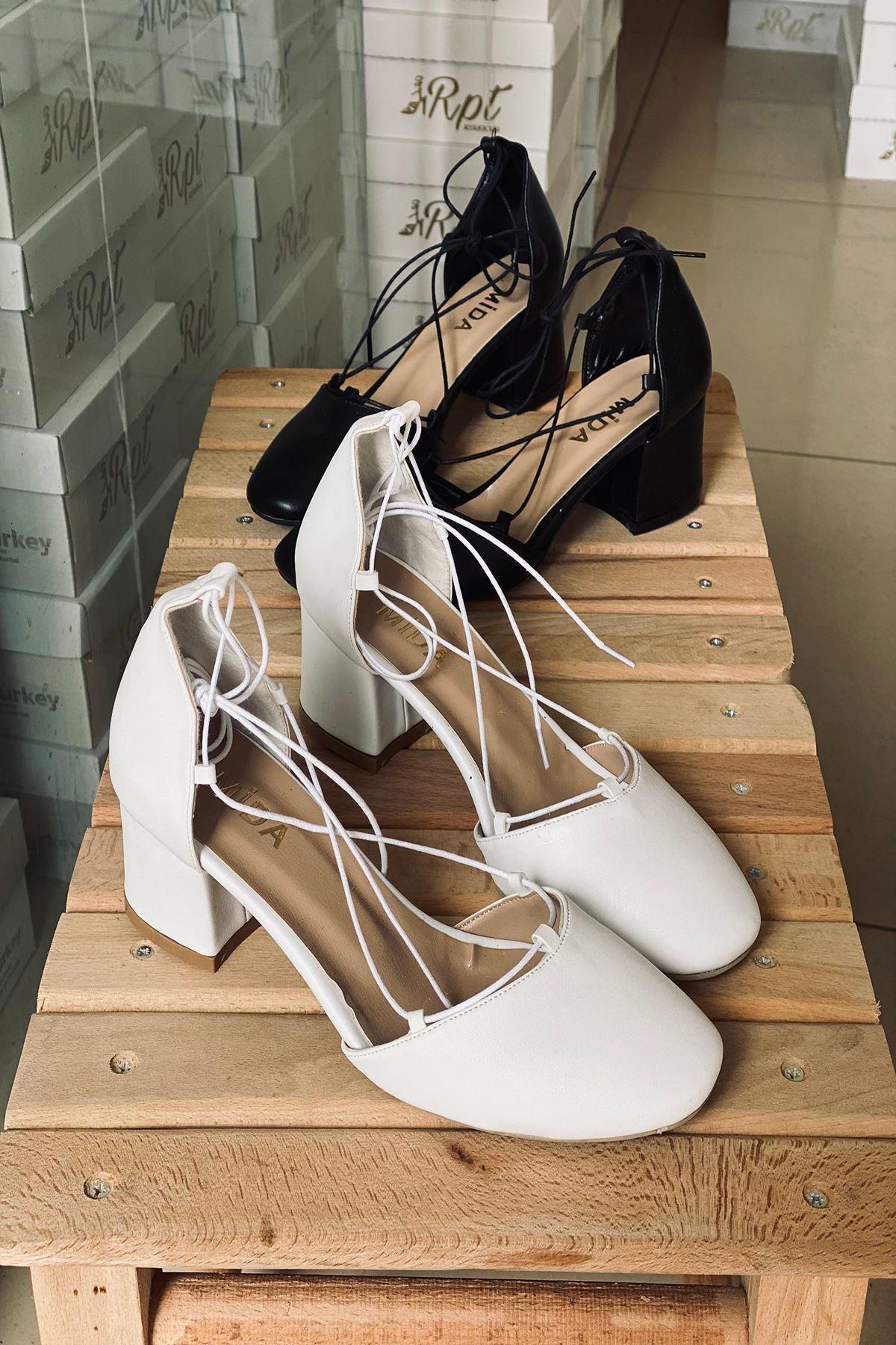 Y203 Beyaz Deri Topuklu Ayakkabı
