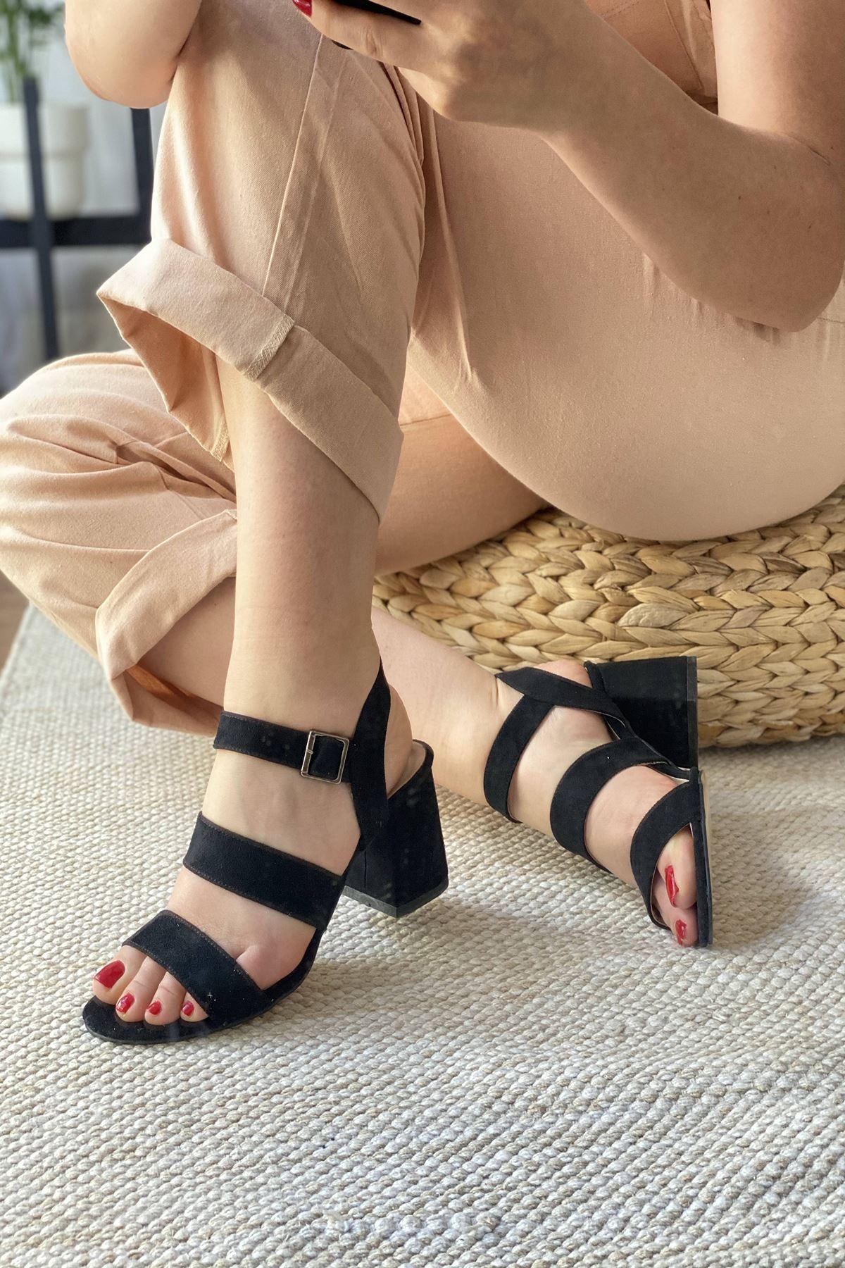 Y612 Siyah Süet Topuklu Ayakkabı