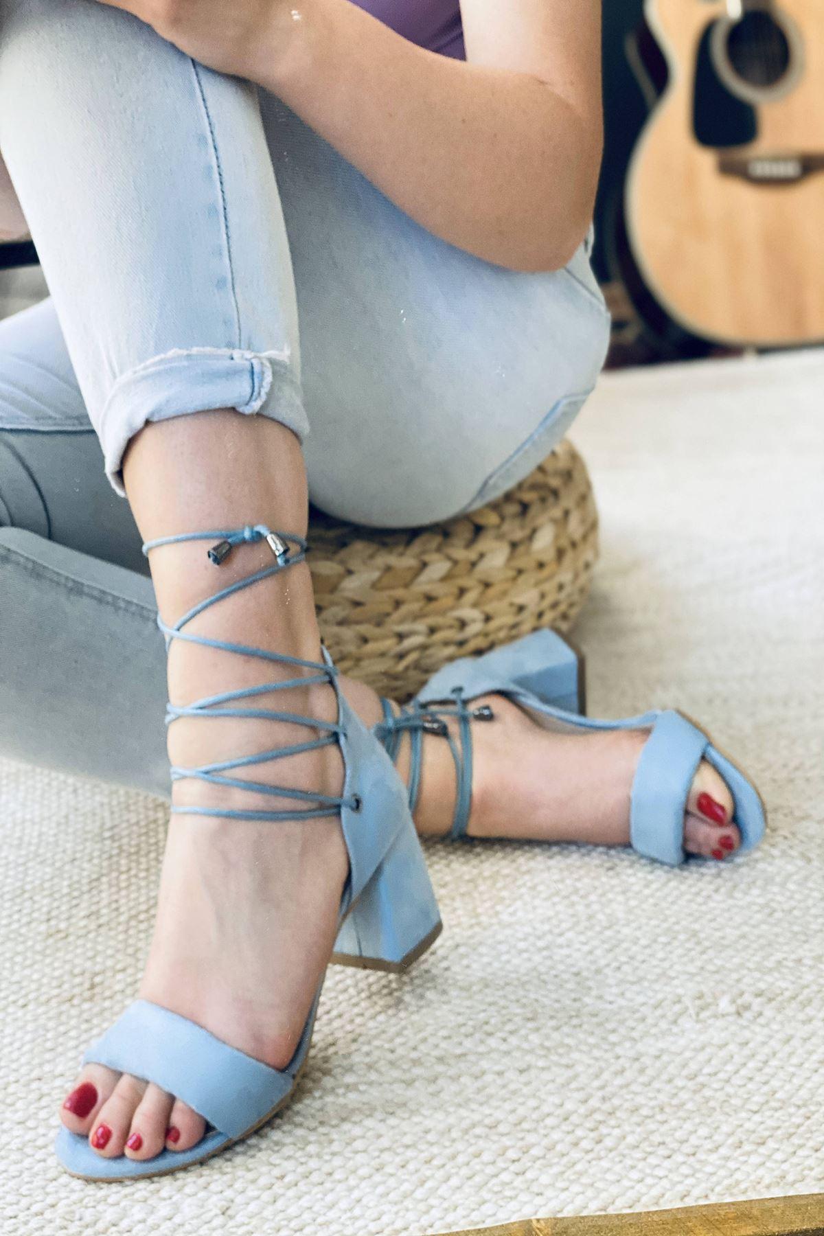 Y614 Bebe Mavi Süet Topuklu Ayakkabı
