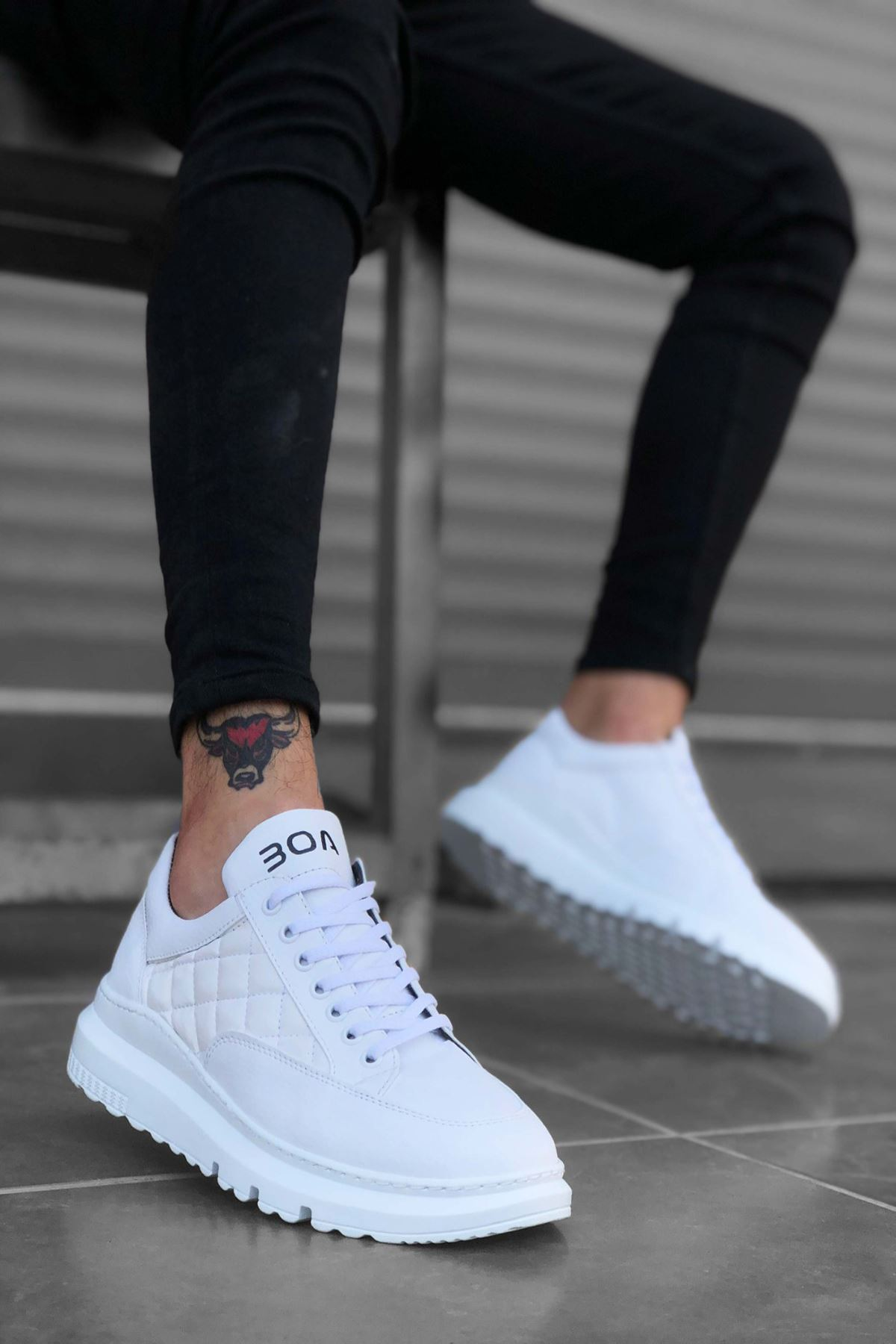 B180 Beyaz BT Bağcıklı Erkek Sneakers