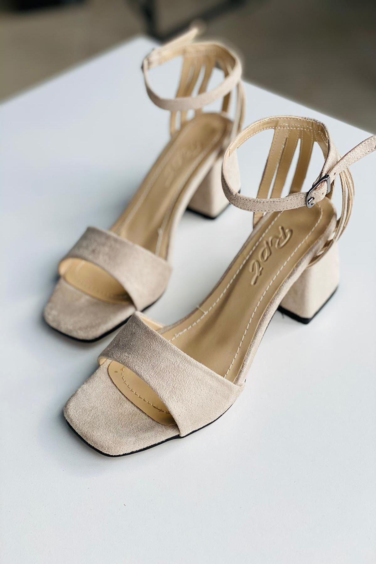 Y901 Ten Süet Topuklu Ayakkabı