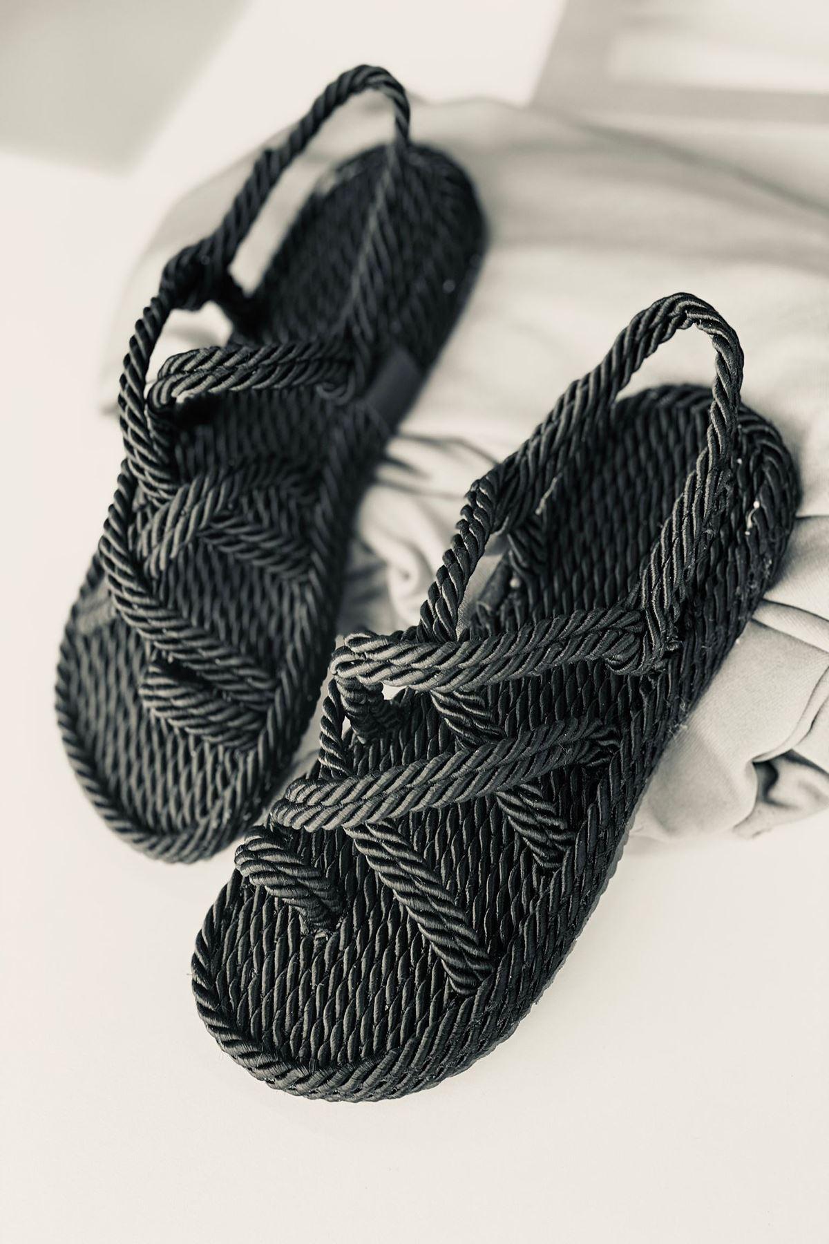YRPH01 Siyah Halat Sandalet