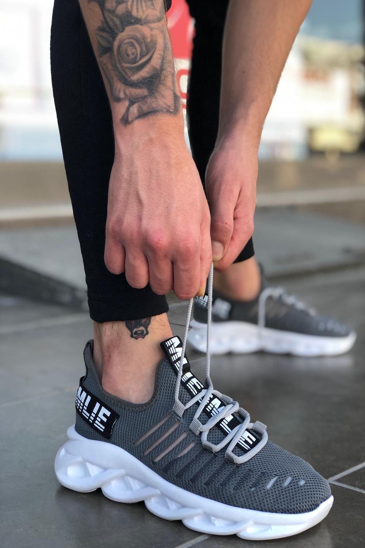 B602 Füme BT Bağcıklı Erkek Sneakers