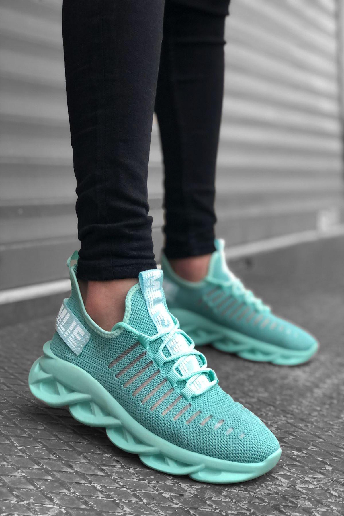 B602 Mint Yeşili Bağcıklı Erkek Sneakers