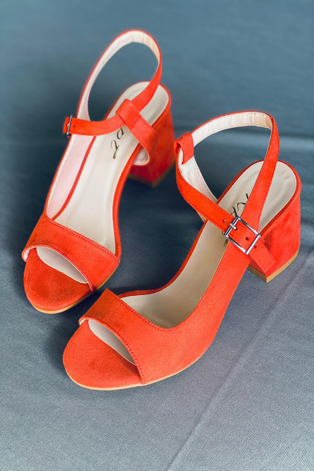 Y600 Turuncu Süet Topuklu Ayakkabı