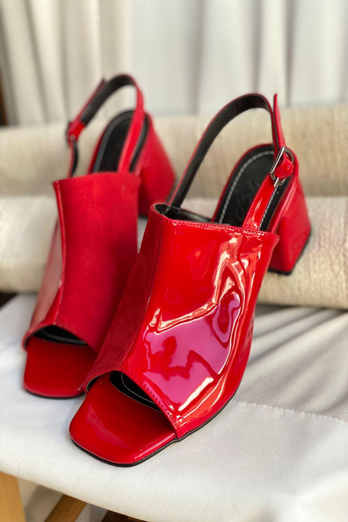 Y902 Kırmızı Rugan Topuklu Ayakkabı
