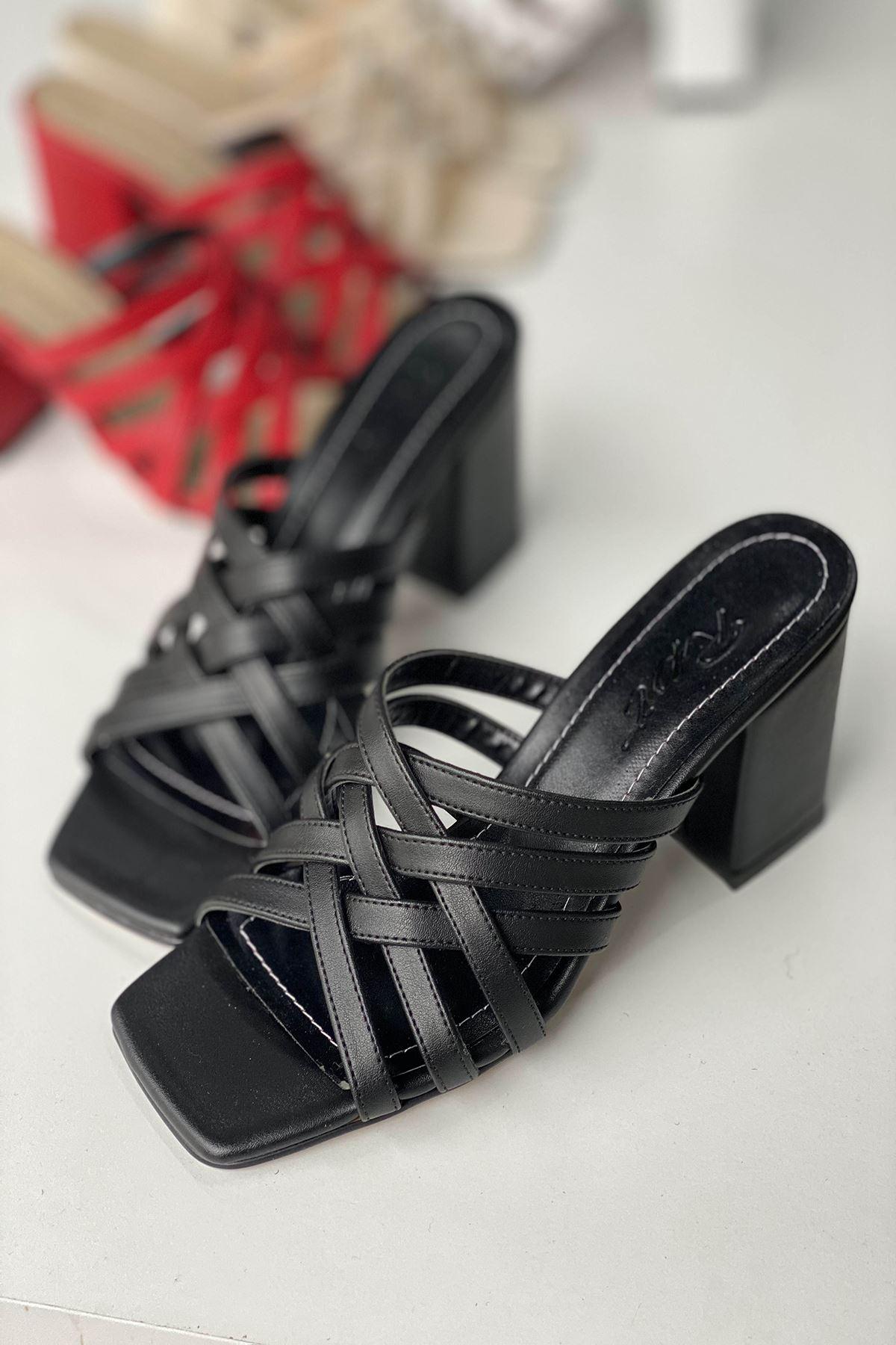 Y926 Siyah Deri Topuklu Ayakkabı
