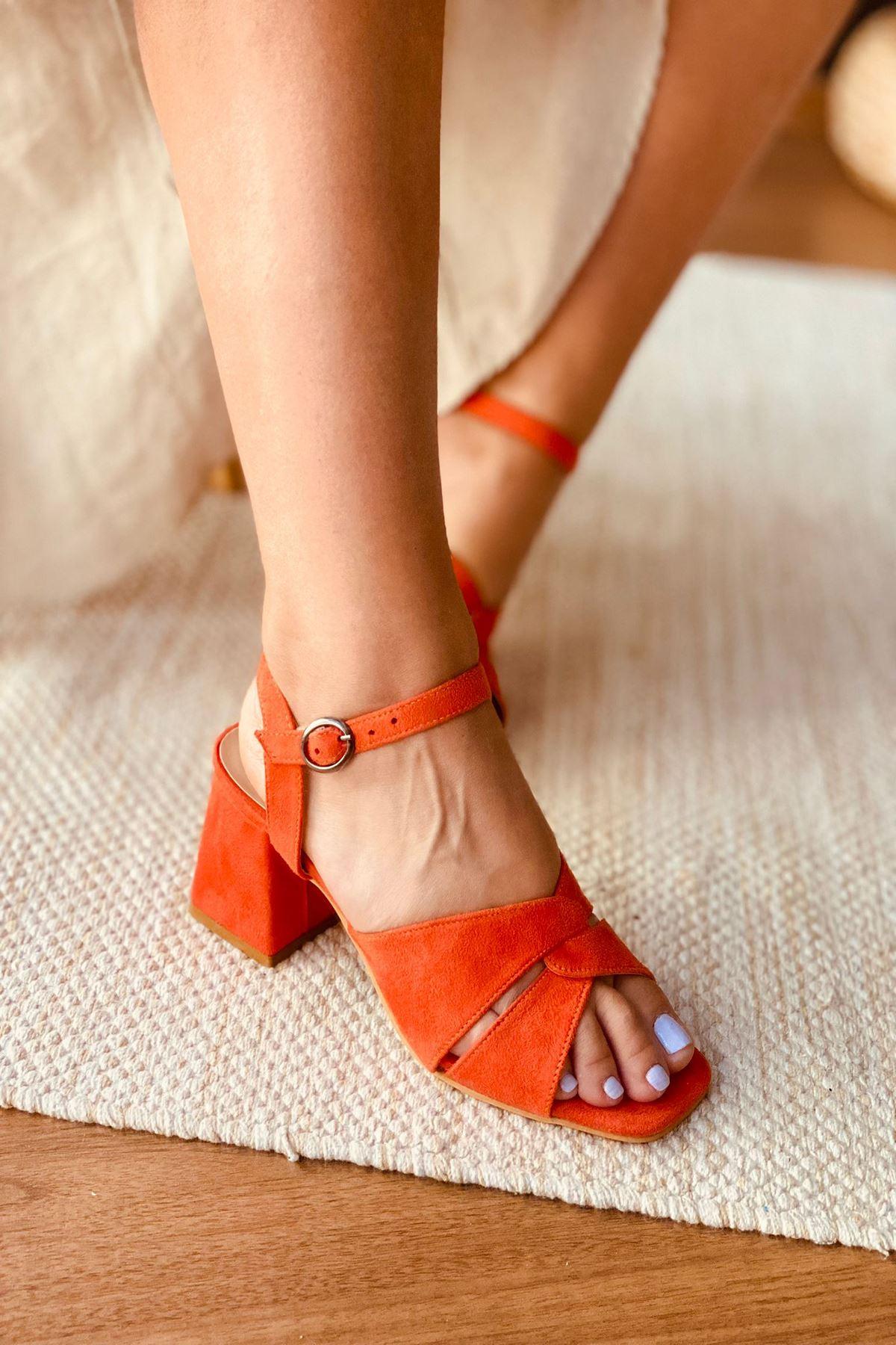 Y711 Turuncu Süet Topuklu Ayakkabı