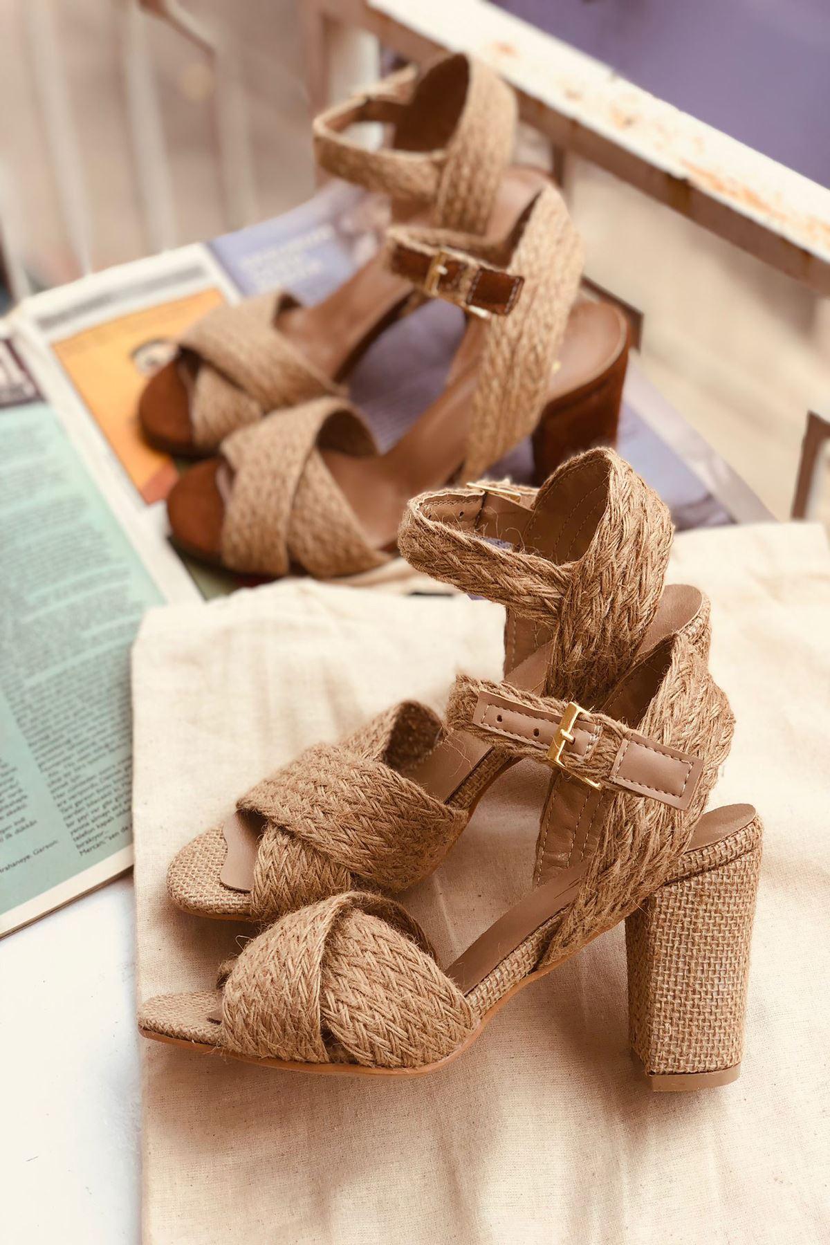 YHT Hasır Topuklu Ayakkabı
