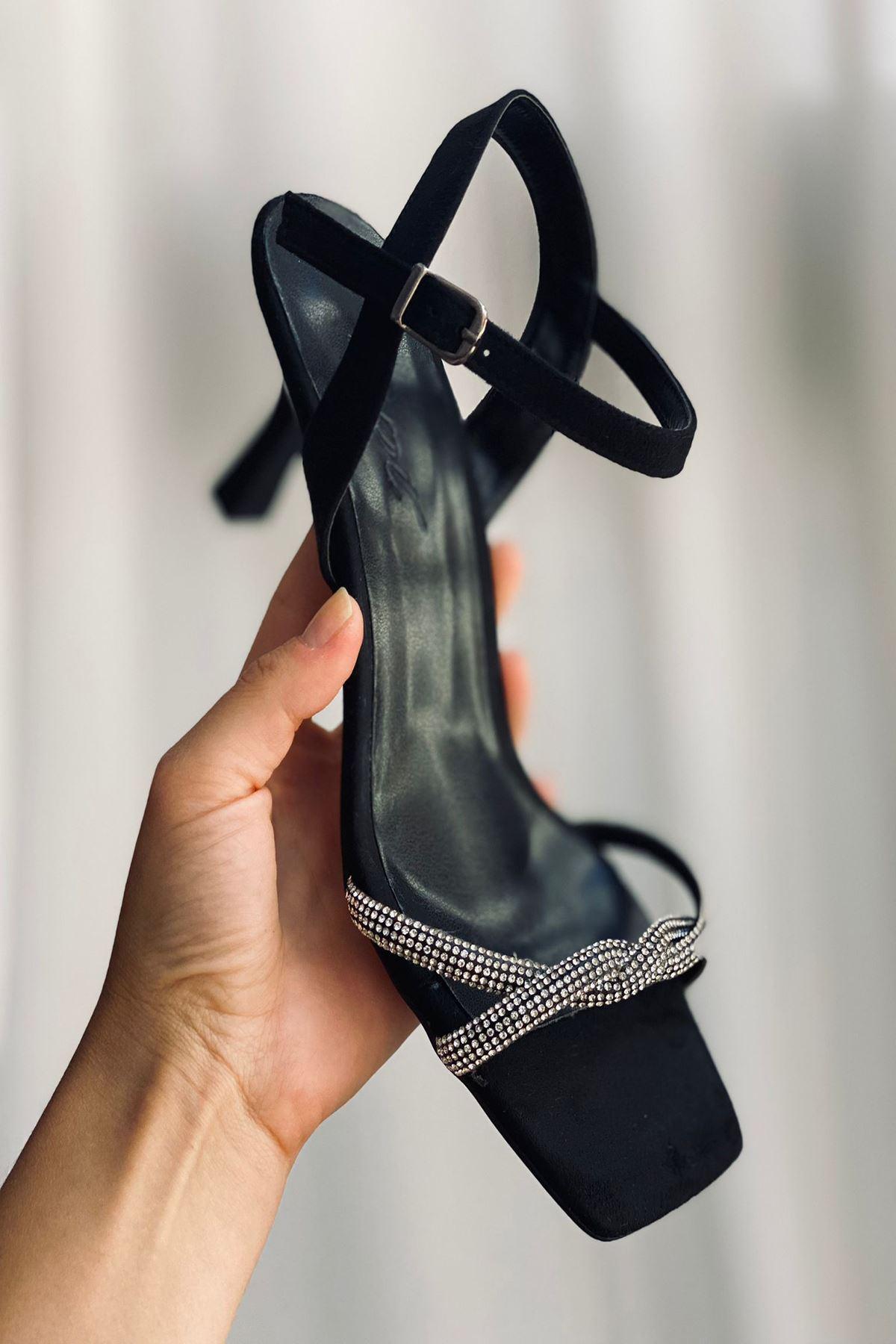 Y5000 Siyah Topuklu Ayakkabı