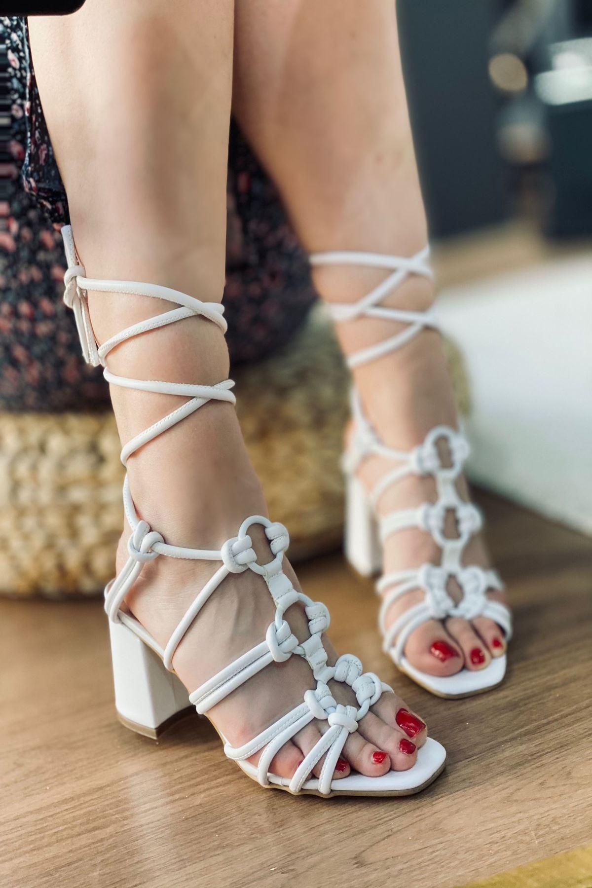 Y2008 beyaz Topuklu Ayakkabı