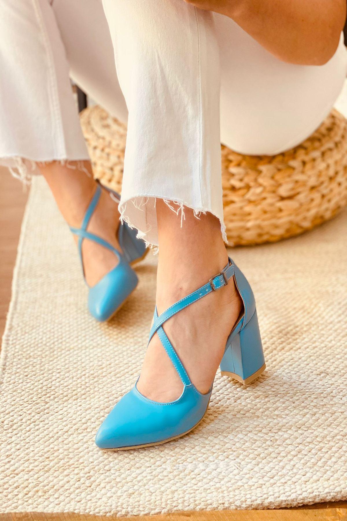 Y113 Bebe Mavi Deri Topuklu Ayakkabı