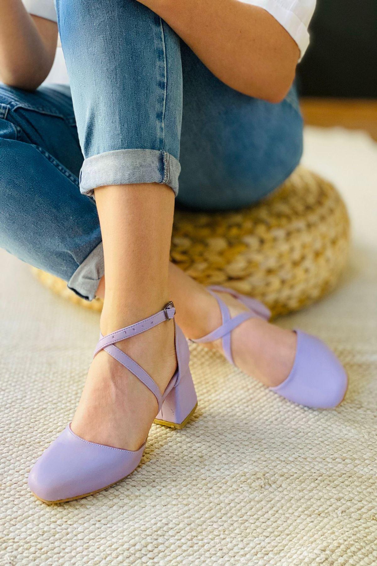 Y191 Lila Deri Topuklu Ayakkabı