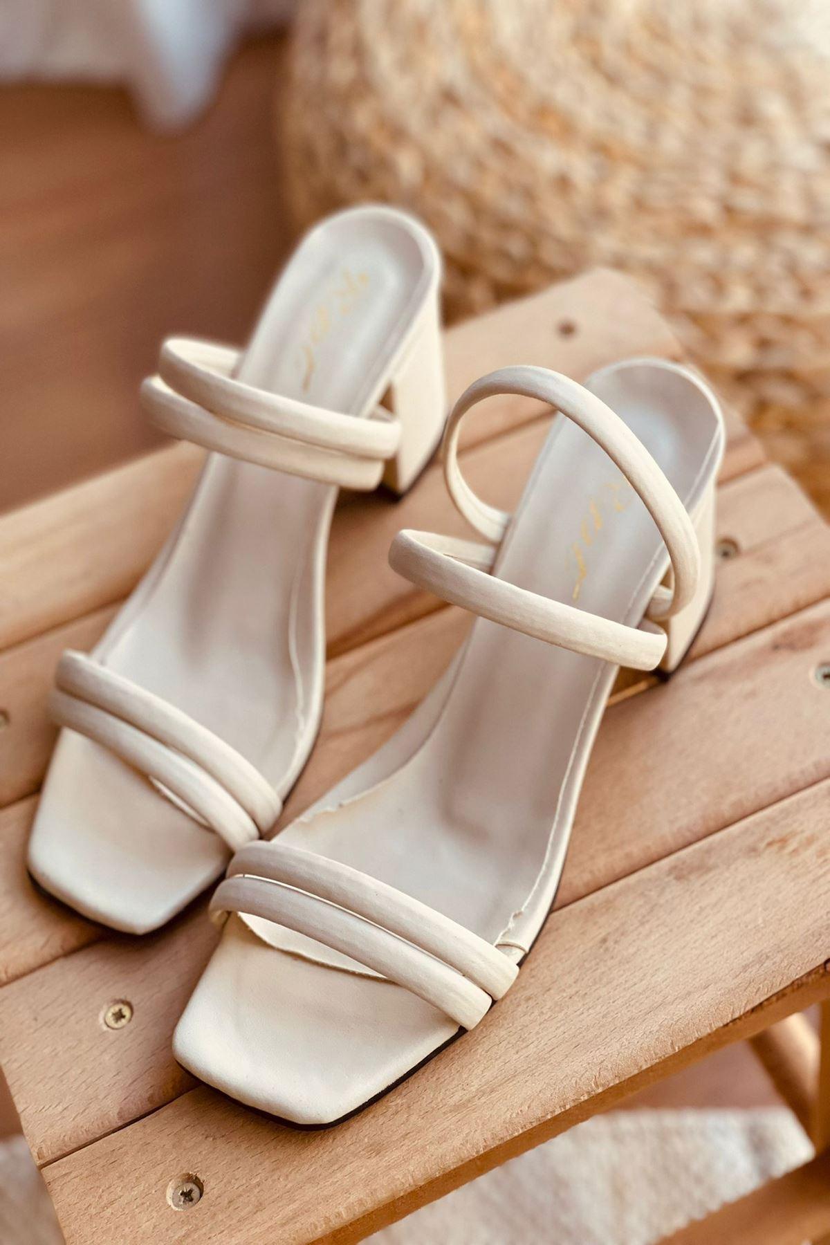 YDBT Ten Deri Topuklu Ayakkabı