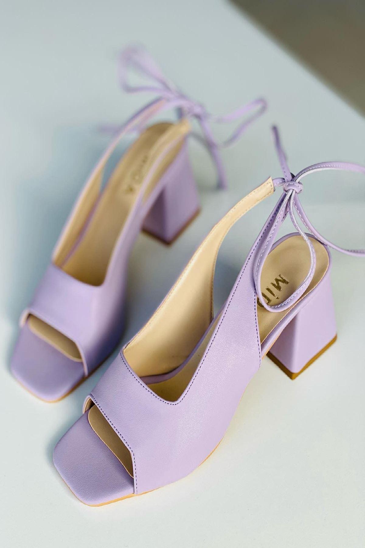 Y710 Lila Deri Topuklu Ayakkabı