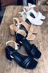 Y222 Siyah Deri Topuklu Ayakkabı